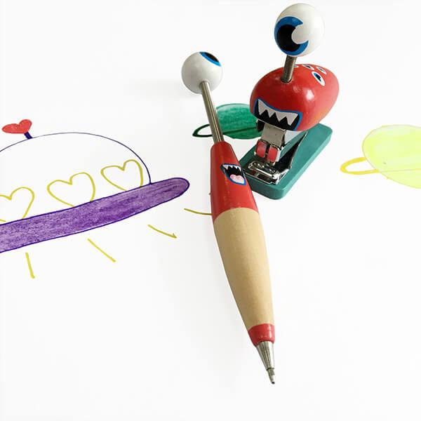 紅眼球外星寶寶文具組❤ 紀念日、聖誕節、生日禮、婚禮小物
