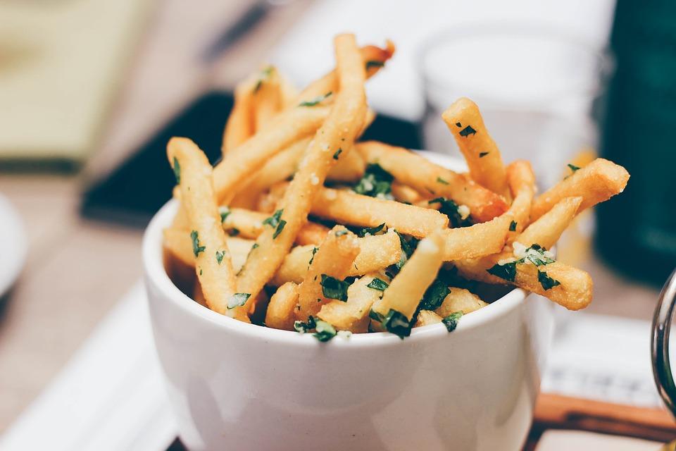 美味薯條如何製成? 薯條「綠」了該怎麼辦?