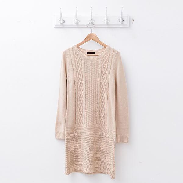 §獨具衣格§ 日本直送 2106 羊毛 麻花織紋針織洋裝樣本