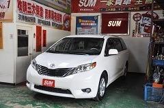 2012年 TOYOTA SIENNA 在台一手車,僅跑5.3萬mile,市場稀有2.7排氣量,每年省1.5萬稅金