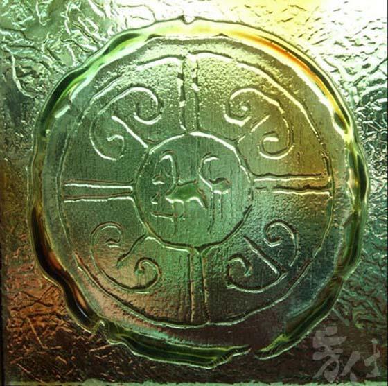 藝術玻璃-窯燒浮雕創作 中國傳統如意圖騰