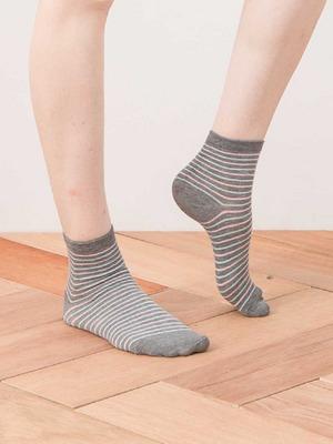 貝柔精梳棉短襪-氣質條紋