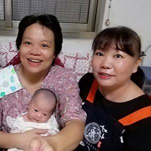 【愛月姊(月嫂)】新手媽媽手忙腳亂,主動表示可以在週末來幫忙我,對此我真是感激不盡!!