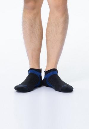 活力運動抑菌船型除臭襪(黑藍色 男M-XL)