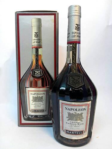 馬爹利 拿破倫 0.7公升 (六角瓶)