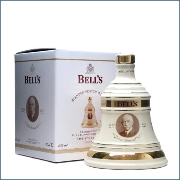 Bell's Christmas 2010 Arthur Kinmond Bell 70cl 40%