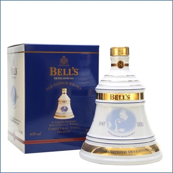 Bell's Christmas 2001  8 Year Old 70cl 40%