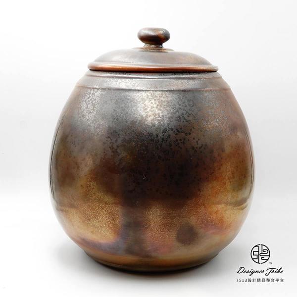 顏青峰岩礦小罐