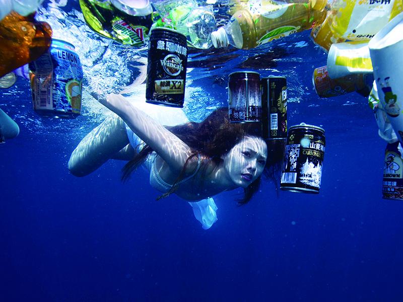 白家綺不知懷孕潛水13米 「漁網比基尼」辣秀逆天美腿