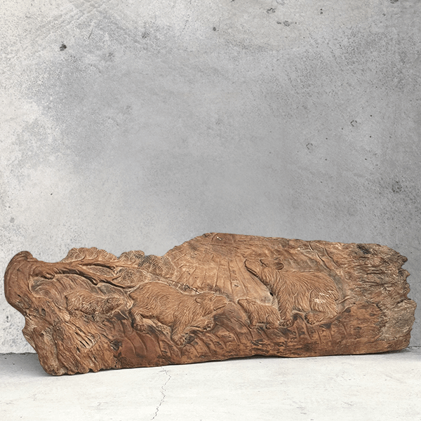 牛樟木-英熊木雕