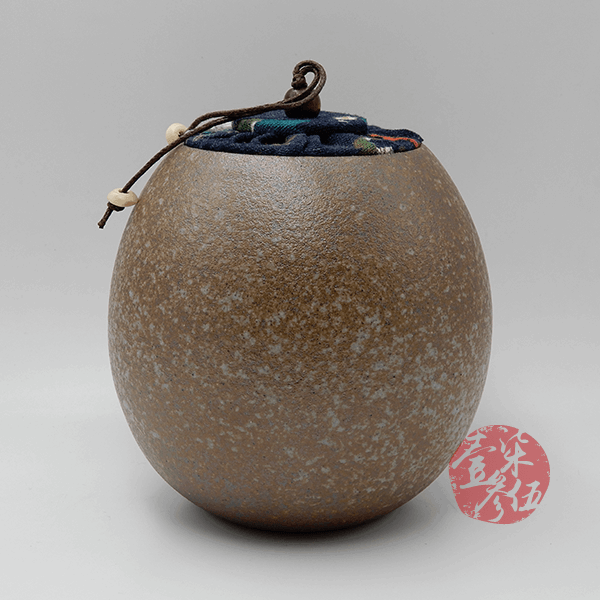 石頭布蓋茶罐