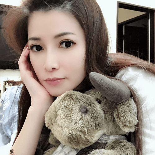 藏香閣閣主 Amber Titi