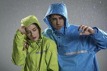 雨衣為何能夠防水又透氣呢?