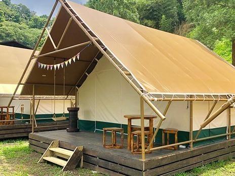 原野豪華露營